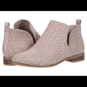 Dr. Scholls BRAND NEW mini boots